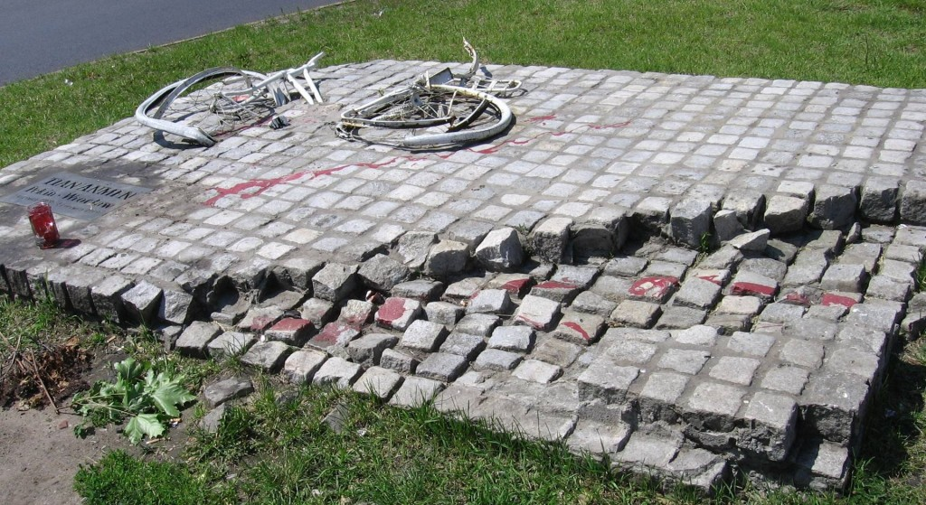 A replica of the memorial in the Polish city of Wrocław depicting a destroyed bicycle and a tank track as a symbol of the Tiananmen Square protests. (Photo Credit: Wikimedia Commons)